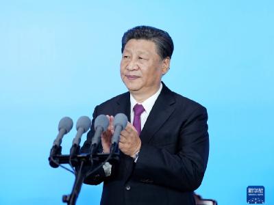 习近平出席第十四届全国运动会开幕式并宣布运动会开幕