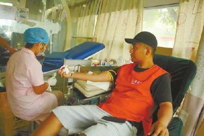"""推进""""三献""""保护生命 荆州无偿献血工作走在湖北前列"""