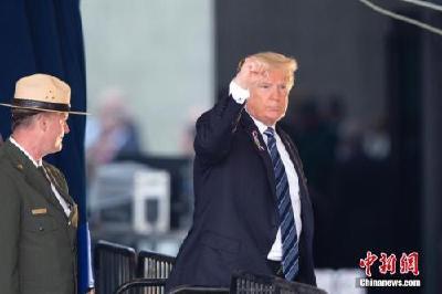 """遭美国16州起诉 特朗普紧急状态令加剧""""建墙""""之争"""