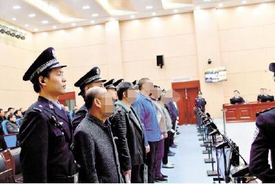 荆州市已打掉涉黑涉恶案件团伙289个 抓获1767人