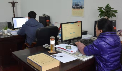 湖北省2019年国家工作人员学法用法考试今日正式开考