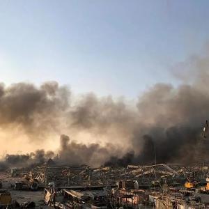73人死亡3000多人受伤!黎巴嫩首都发生巨大爆炸,现场升起蘑菇云