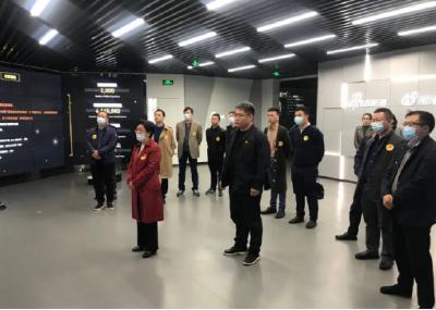 沙市区委书记刘辉萍带队赴北京开展招商工作