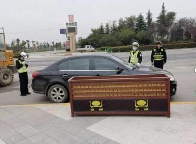荆州高新区公安分局加强交通整治,确保道路交通安全