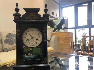 老钟表、暖手炉、小人书……那些家传老物件里的时光留影