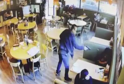 美国华人男女餐厅被枪杀:嫌犯面临三项重罪指控 不得保释