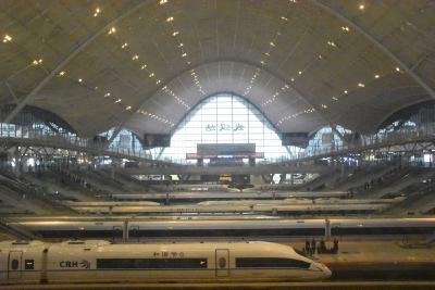 清明小长假,武铁加开132对客车,铁路客流恢复至往年同期八成