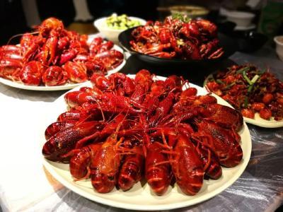 武汉小龙虾大降价,20元吃3斤!离涨价还有……
