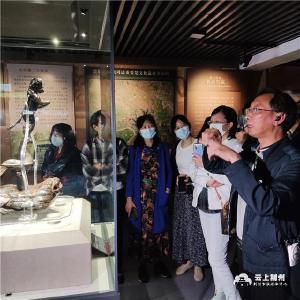 国际博物馆日:荆州博物馆馆长带你看文物