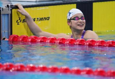 游泳小将余依婷,刷新世界纪录