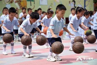 """荆州市民怎么看""""三孩政策""""?"""