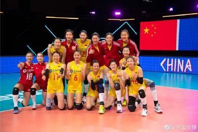 中国女排!赢了!