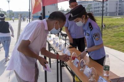 """禁毒反诈宣传不停歇,荆州高新区筑牢校园安全""""防护墙"""""""
