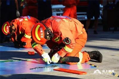 """荆州消防后勤装备岗位大比武 10支队伍赛场""""亮剑"""""""