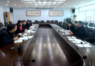 市政协八届三次会议收到提案182件