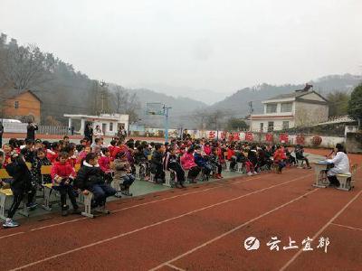 王家畈镇中心卫生院到辖区学校开展春季传染病防控知识讲座