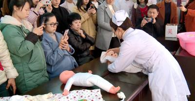 【创卫在行动】市妇幼保健院举办分娩小课堂