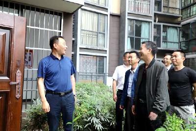 """陆城街道:组织党代表参观建言""""家+""""驿站"""