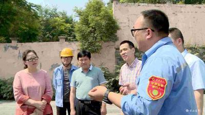 """宜昌市政协来我市开展化工企业""""关改搬转""""民主监督工作"""