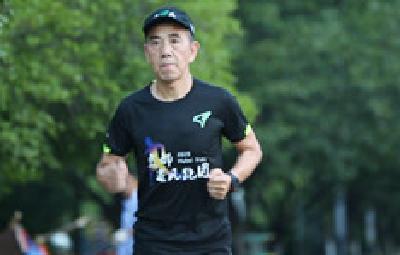 追风跑者刘成才