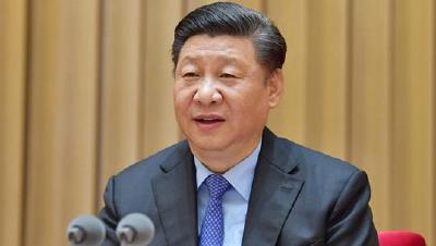 中共中央政治局召开会议 审议《新时代爱国主义教育实施纲要》和《中国共产党党校(行政学院)工作条例》  中共中央总书记习近平主持会议