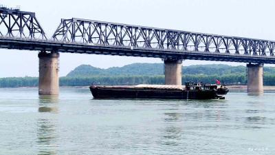 枝城长江大桥水域启用新航路