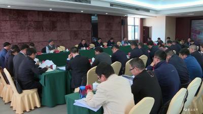 罗联峰主持召开全市精准扶贫攻坚领导小组第4次会议