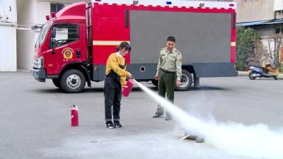消防宣传进社区 安全知识入人心