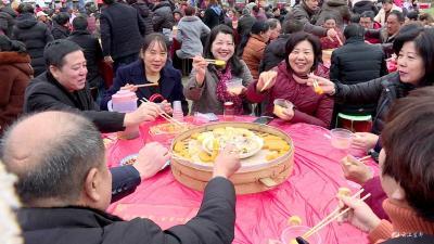 旅游五眼泉 共享丰收宴