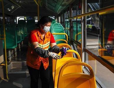 武汉恢复部分公共交通运营后,如何保障乘客健康安全?最新解读来了