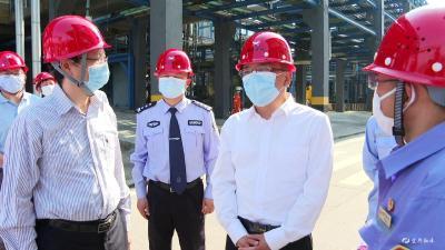 谭建国带队检查节前安全生产工作