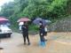 【组图】暴雨中那些动人的身影(编到最后一张,小编落泪了)