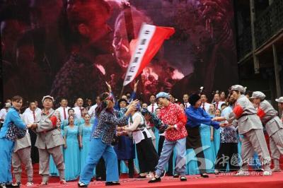 县老年大学参演首届恩施州老年人艺术风采大赛