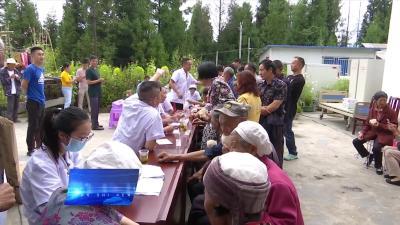 县中医医院开展大型义诊活动