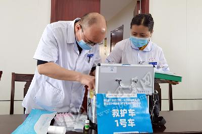 """巴东""""长马""""医疗保障组开展医疗应急保障培训(图)"""