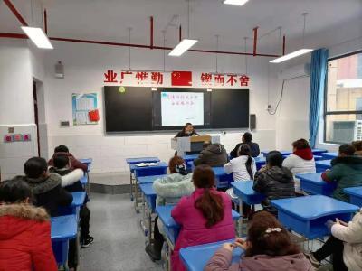 咸丰:加强校园食品安全监管,筑牢校园食品安全防线