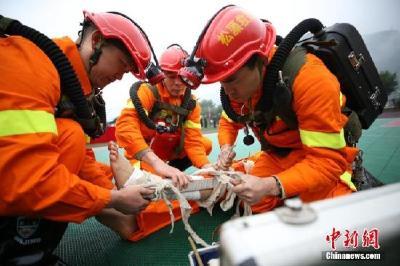 中国首批消防员招录近期开展 面向社会招1.8万人