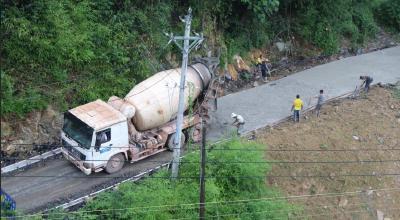 宣鹤高速工程建设利用农村道路开始恢复