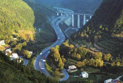 现场直播 历史性时刻!宣鹤高速公路今天正式通车!