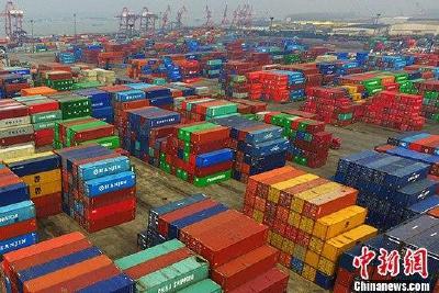 海关总署:上半年外贸进出口好于预期 出口连续3个月正增长