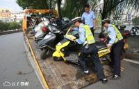 """""""两车""""综合整治动真格 首日暂扣374辆违法车辆行拘19人"""
