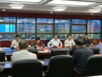 王立主持召开市政府党组(扩大)会议