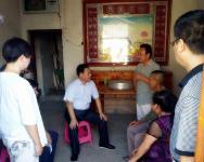 扎实推进扶贫领域监督执纪问责 陈东灵到水月村督导检查