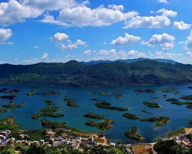 """直播   中国旅游日,""""天空之城""""的诗和远方,邀您一起践行文明旅游,共享美好生活!"""