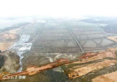 """攻坚""""2019年出形象""""!鄂州机场全面开启主体工程建设"""