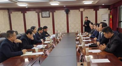 刘海军会见香港铜锣湾集团董事局主席陈智一行