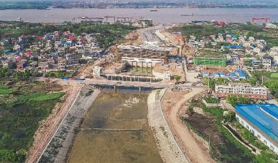 建设中的花马湖二站