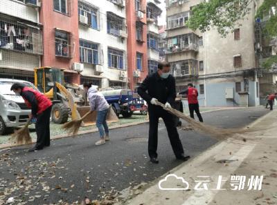 王立刘海军等市领导分赴挂点社区参加爱国卫生运动:抓紧抓实抓细各项防控工作 协力打造健康美好幸福家园