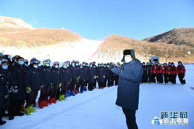 习近平:全力做好北京冬奥会冬残奥会筹办工作