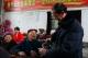 畜牧局与贫困户节日话发展